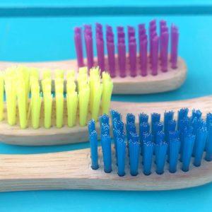 eco-tandenborstel-gekleurd